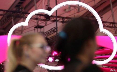 """Big Tech và """"cuộc chiến"""" điện toán đám mây"""