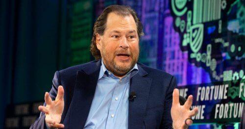 Cuộc thập tự chinh của ông chủ Salesforce