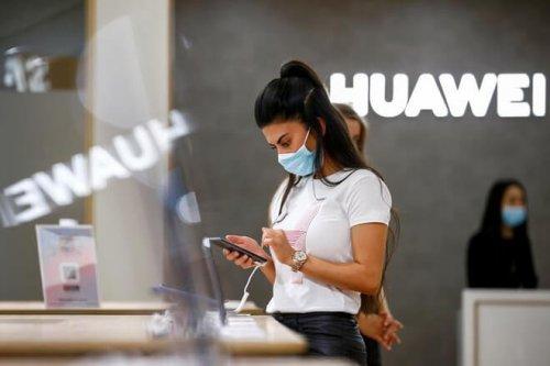Huawei bắt đầu loại bỏ Android trên smartphone của mình