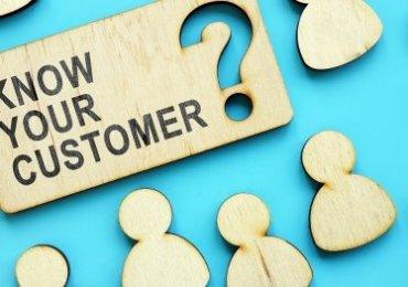 Hai mô hình phân khúc khách hàng có thể áp dụng trong ngành dịch vụ
